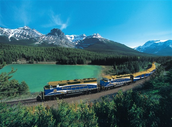 Canadian Rockies with Rocky Mountaineer Train